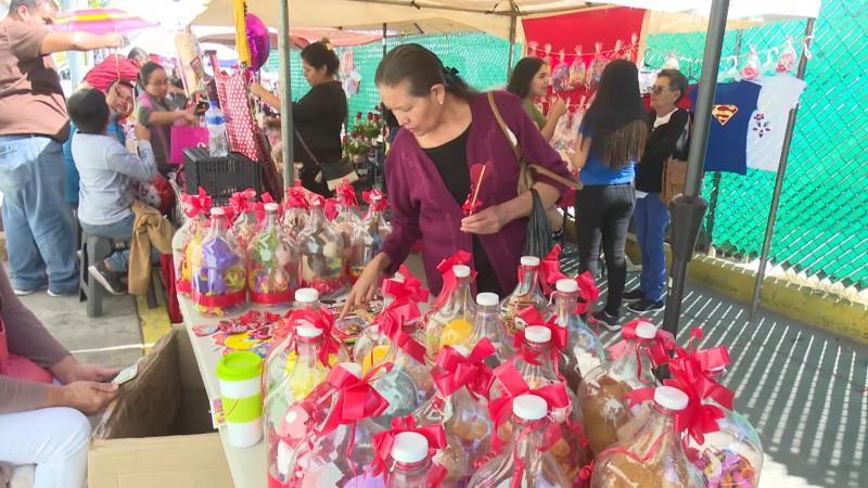 Invitan a realizar compras del 14 de febrero en el mercado 30