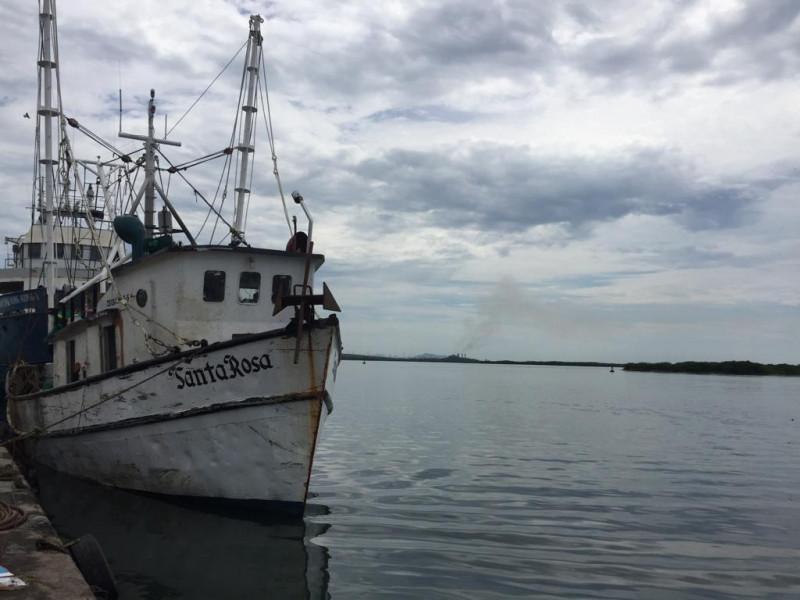 Pescadores cerrarán el canal de navegación en protesta por demandas incumplidas