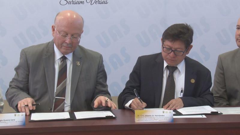 Signa la UAS convenios con la Federación Agronómica Nacional y con la empresa Maquinaria del Humaya