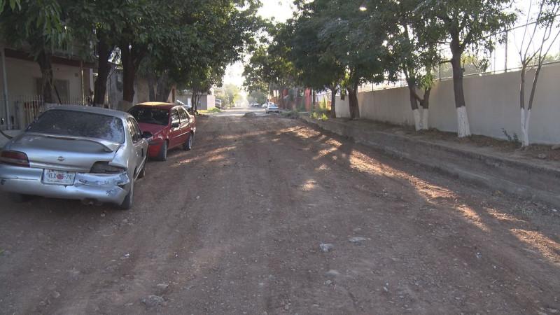 Atiende Ayuntamiento de Culiacán denuncia de calle en mal estado