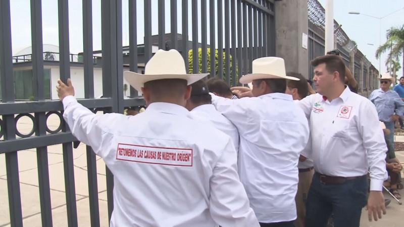 Proponen una marcha de protesta por el abandono del campo por parte del Gobierno federal
