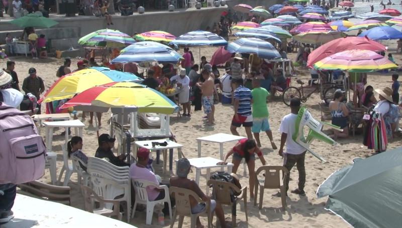 Lleno de turistas lució Mazatlán este fin de semana por el Carnaval