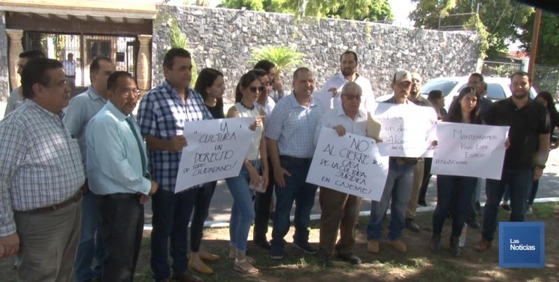 Necesitamos gente pensante, crítica: Salvador García