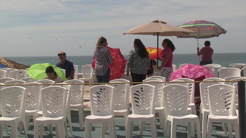 Decomisan 2 mil 200 sillas durante desfiles de carnaval