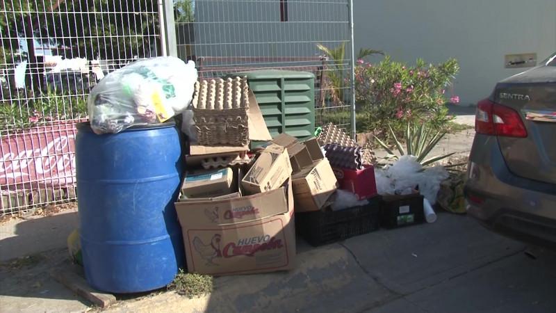 Pasan Carnaval e inicio de Cuaresma 'navegando' entre basura