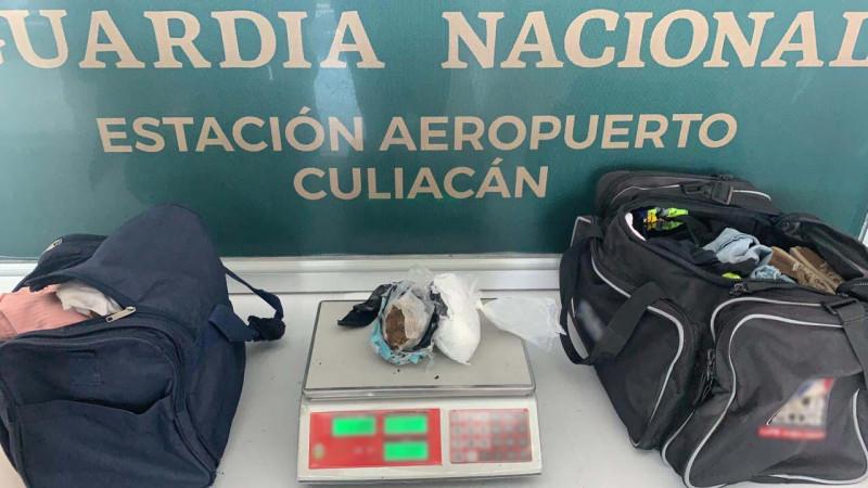 Dos mujeres son detenidas con heroína  en el aeropuerto  de Culiacán
