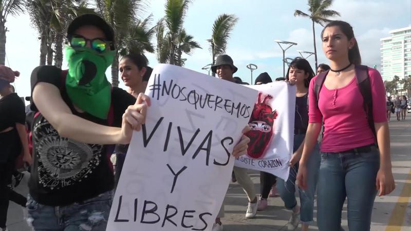 En Mazatlán, IMMUJER le dice no al paro nacional