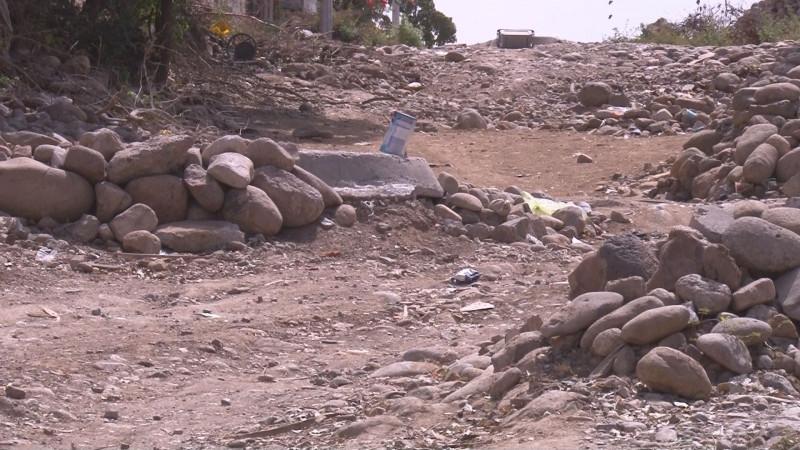 Piedras sueltas en la colonia Buenos Aires