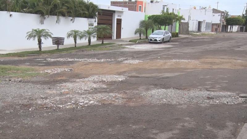 Destruida la calle Ignacio Allende en Lomas del Pedregal