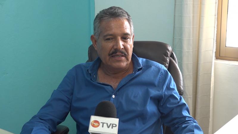 Coordinador de Movimiento Magisterial renuncia a Frente Democrático