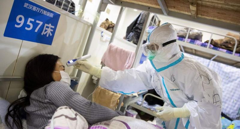 Una luz para China: gigante asiático supera el pico de infecciones diarias