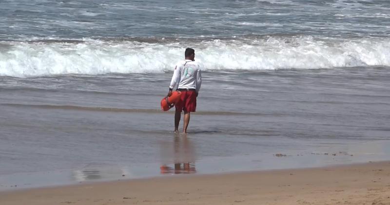Pide ESA a motociclistas no introducirse al mar con ropa inadecuada