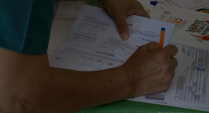 Refuerzan filtros sanitarios en instituciones educativas