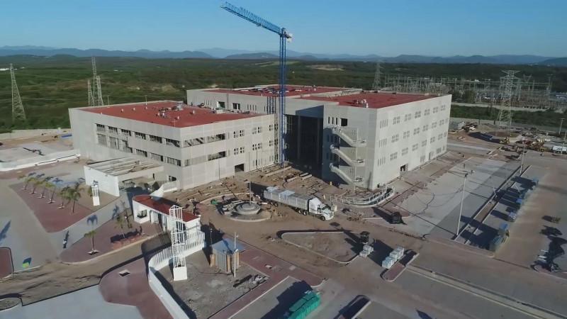 Gobierno puede endeudarse para acelerar construcción de hospitales y enfrentar el Coronavirus