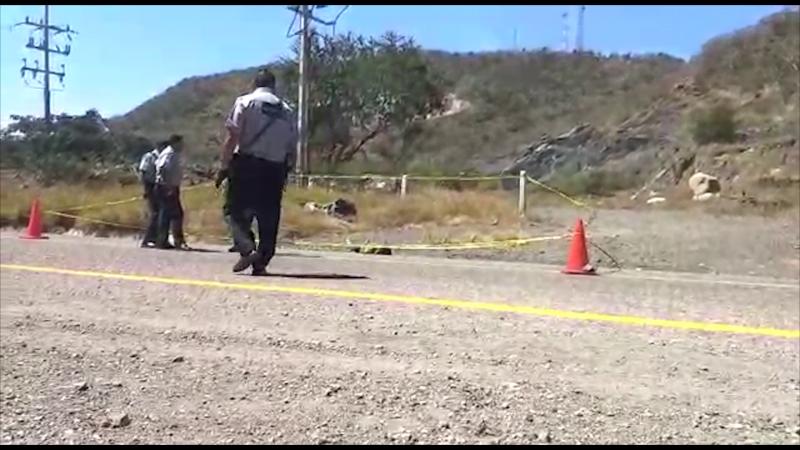 Localizan hombre sin vida por la carretera Mazatlán- Culiacán