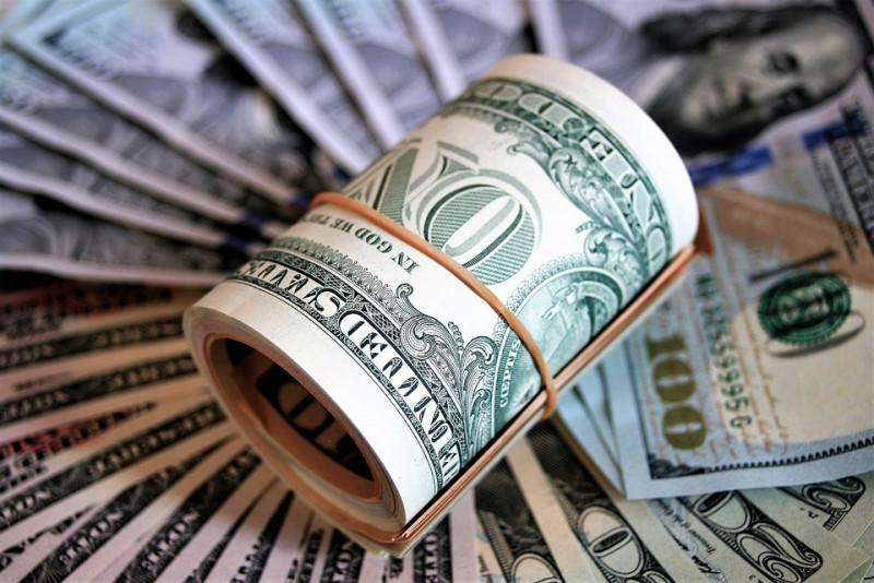 Dólar en más de 25 pesos. Moneda nacional presenta nuevamente mínimo histórico