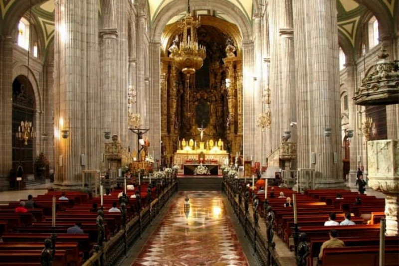 El Coronavirus es culpa del aborto, la eutanasia y la diversidad sexual, según obispo de Cuernavaca.