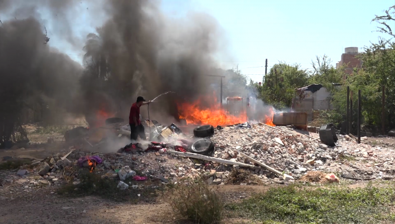 Casa de madera se incendia en Colonia Jaripillo