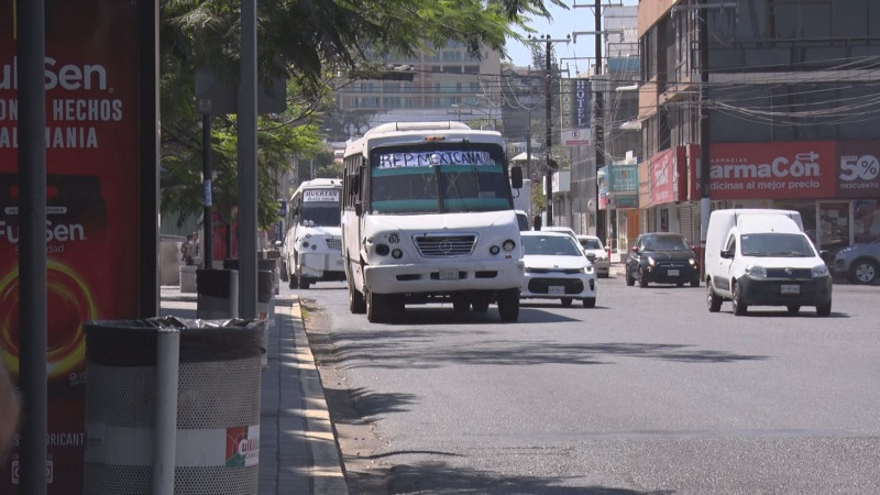 Piden choferes de transporte urbano apoyo económico por COVID-19