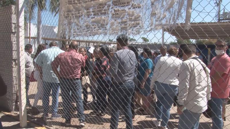 Se manifiestan trabajadores del penal de Culiacán, exigen medidas preventivas contra covid19