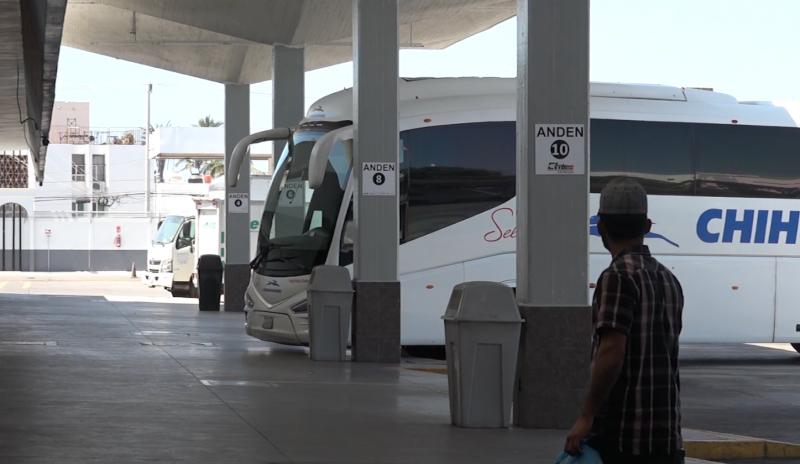 """Central Camionera mantiene rutas habituales con menos """"corridas"""""""