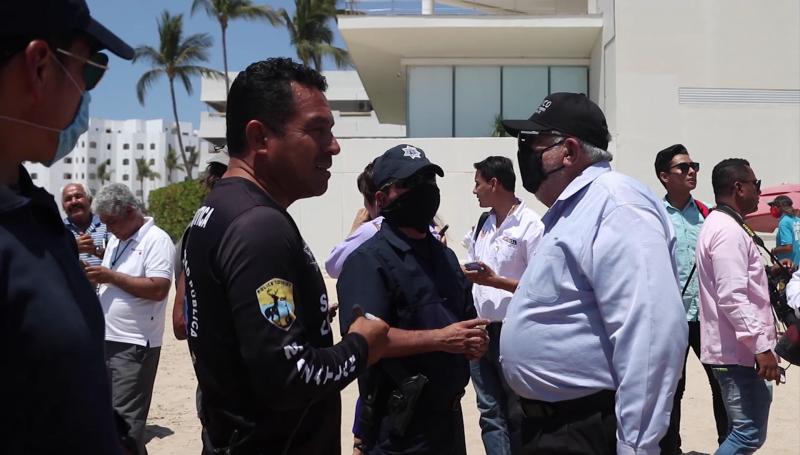 Playas de Mazatlán continúan abiertas