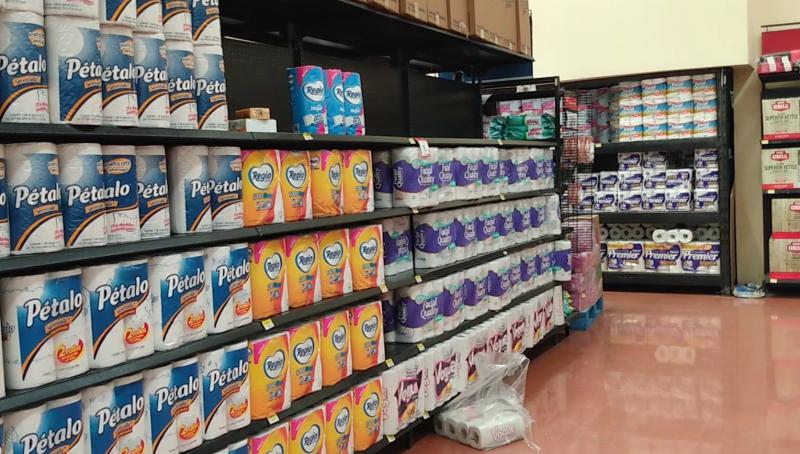 Supermercados aseguran abasto de productos de canasta básica en anaqueles