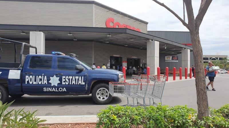 Tiene que actuar policía tras aglomeración en Cotsco