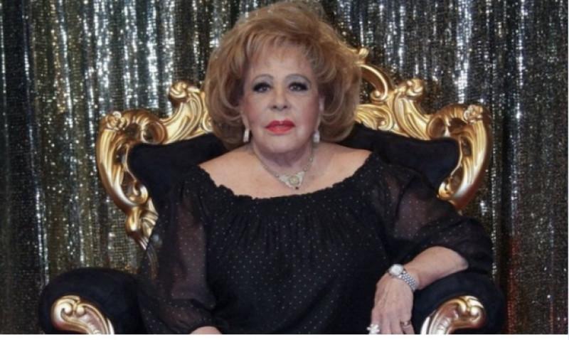 Silvia Pinal se encuentra delicada de salud: será operada por fractura de cadera. Alejandra Guzmán pide donadores de sangre