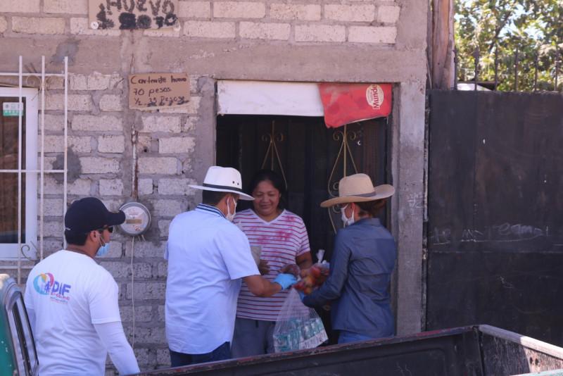Gobierno de Rosario entrega apoyos alimenticios