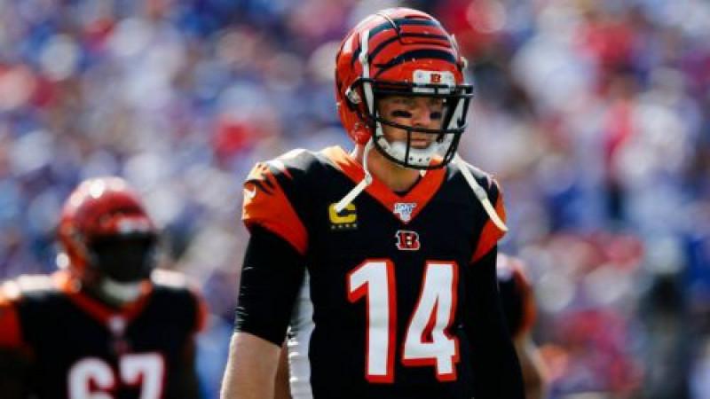 Andy Dalton deja de ser QB de los Bengalíes de Cincinnati