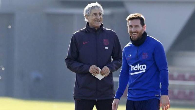 Setién asegura que Messi se queda en Barcelona