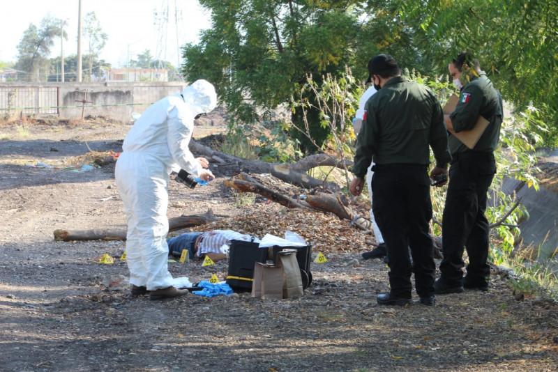 Hombre asesinado a balazos y uno mas herido en el panteón 21 de marzo