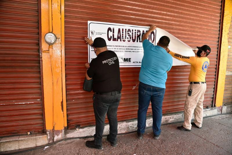 Clausuran taquería en Los Mochis por no cumplir recomendaciones sanitarias durante la contingencia por el Covid-19.