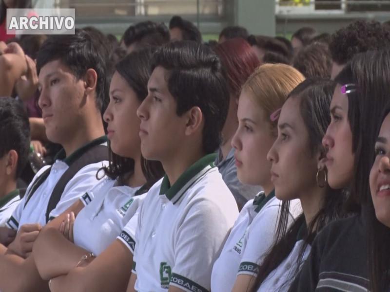 A partir del 18 de mayo reinician los pagos de las becas a estudiantes de bachillerato