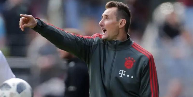El ex-futbolista Miroslav Klose será auxiliar técnico del Bayern Munich