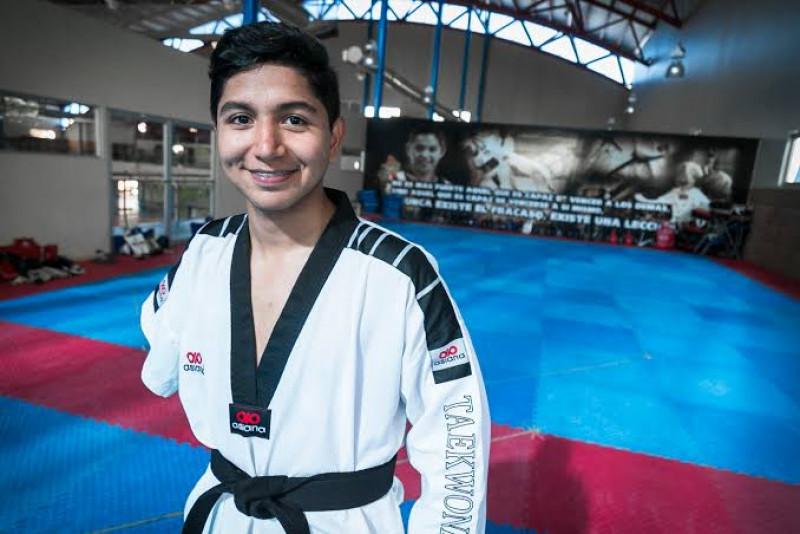 Juan Diego García estandarte del Parataekwondo en Mexico
