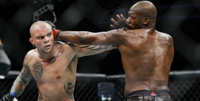 La UFC vuelve nuevamente con combates estelares