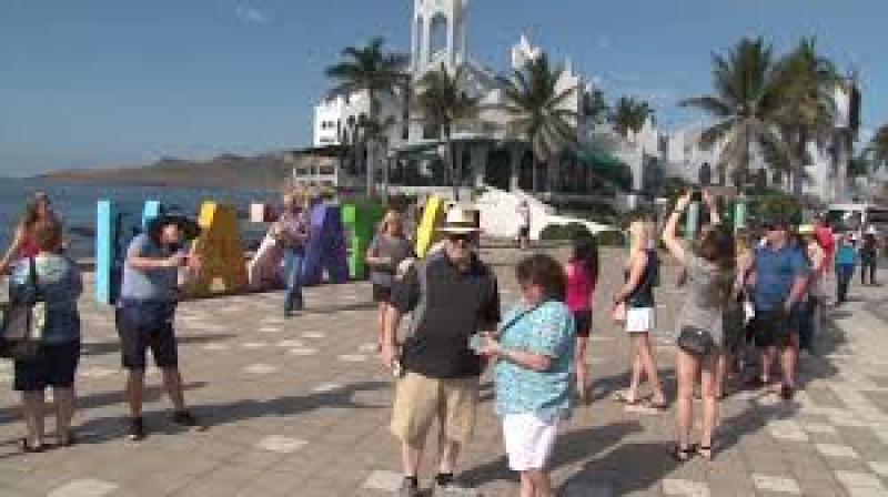 En  marzo pasado ingresaron a México 6,578,158 de  visitantes