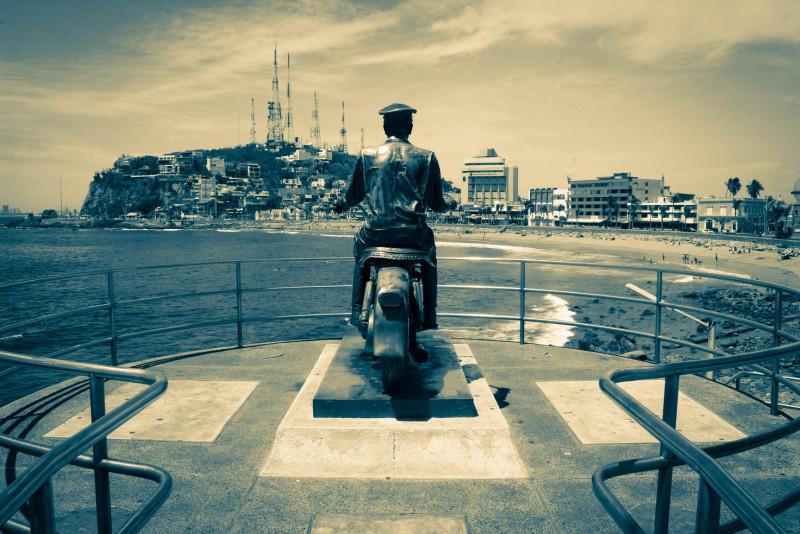 ¡Hoy Mazatlán cumple 489 años y lo celebramos con un colorido y contemporáneo recorrido fotográfico!