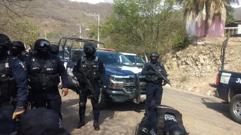 Fuerte movilización policiaca a Tepuche amenazan a policias