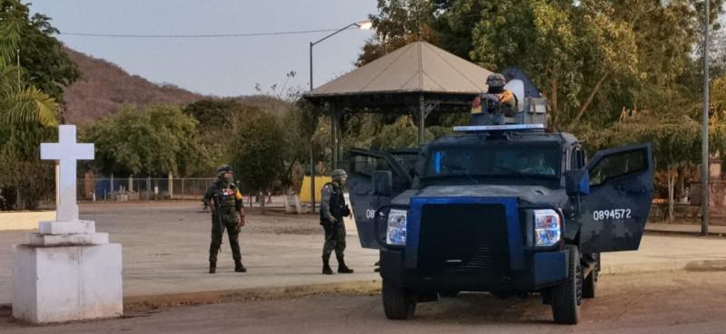 De nuevo grupos armados irrumpen en Tepuche, de nuevo la policía no los encuentra