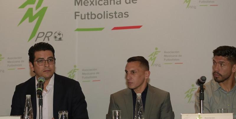 Asociación de Futbolistas se reúne para cuidar integridad de futbolistas