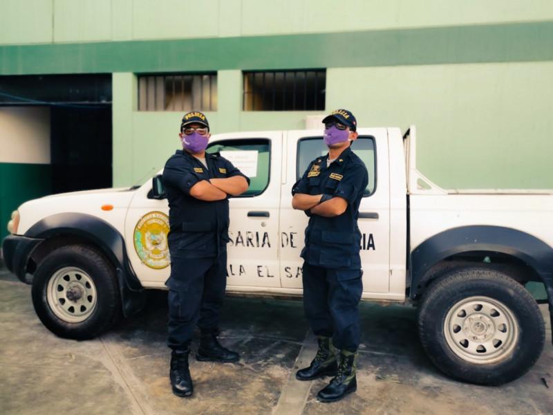 Máscaras violetas para decir a peruanas que no están solas ante la violencia