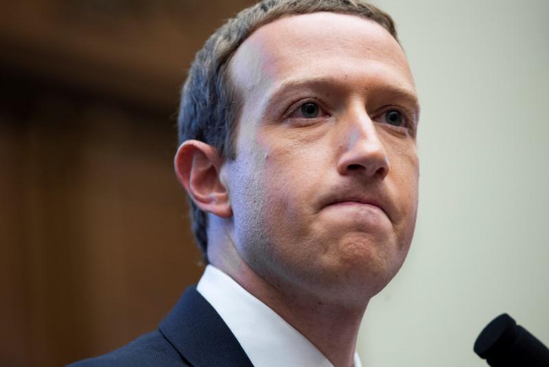 Zuckerberg defiende la lucha contra la desinformación de Facebook en la pandemia