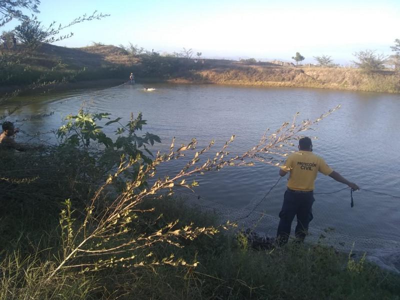 Hombre se ahoga en estanque Escuinapa