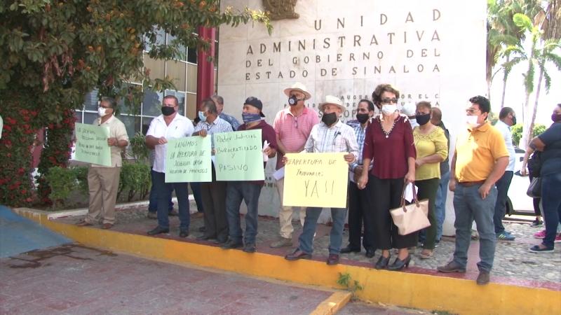 Protestan abogados de Mazatlán
