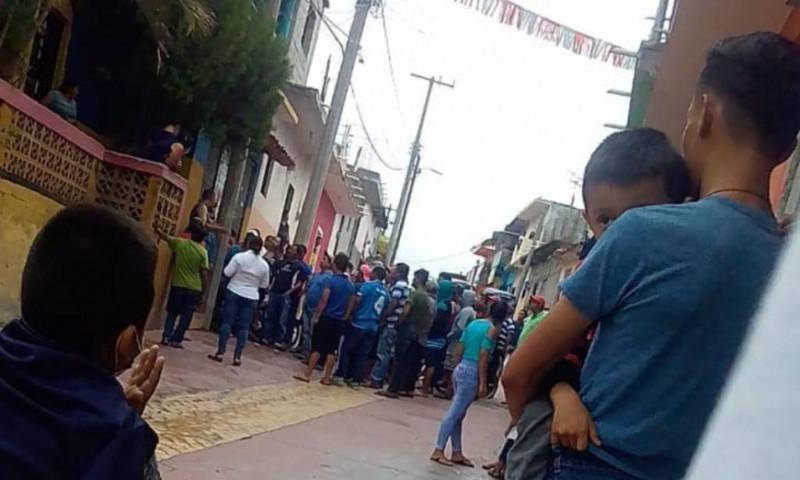 Municipio de Chiapas impide sanitizaciones porque creen que el gel antibacterial les transmite Covid-19
