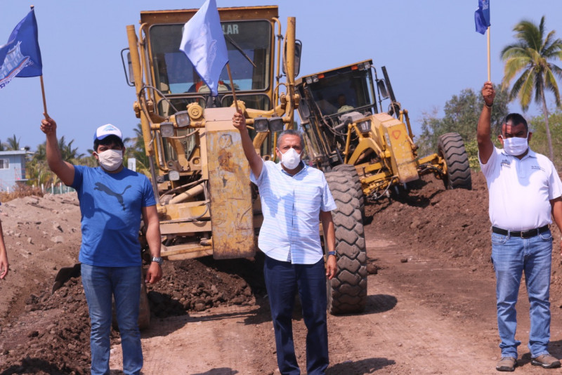 Inicia rehabilitación de la carretera Caimanero – Agua Verde.