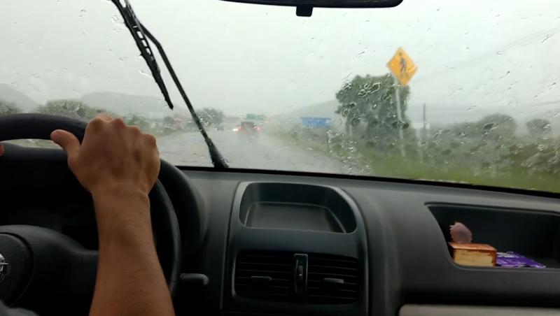 Ángeles Verdes hace llamado para prevenir accidentes en carreteras por lluvias